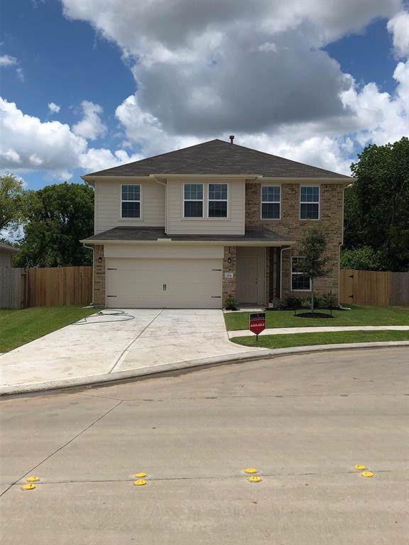 3631 Bowman, Richmond, TX 77469 (MLS #10437021) :: Phyllis Foster Real Estate