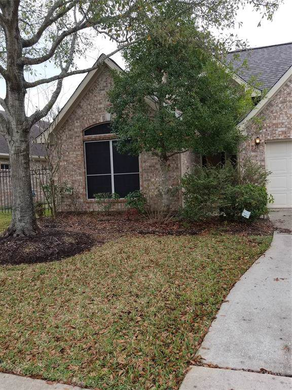 12427 Rutgers Park Court, Pasadena, TX 77058 (MLS #10474642) :: The SOLD by George Team