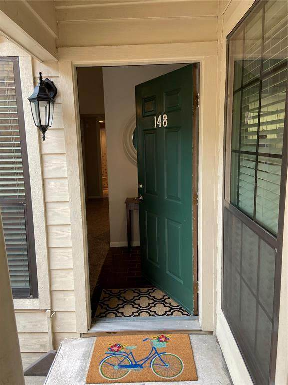 4000 Purdue Street #148, Houston, TX 77005 (MLS #10509914) :: The Parodi Team at Realty Associates