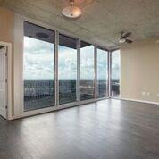 5925 Almeda Road #11302, Houston, TX 77004 (MLS #10537034) :: Giorgi Real Estate Group
