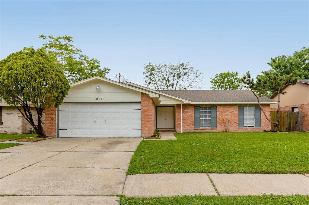 10510 Towneview Drive - Photo 1