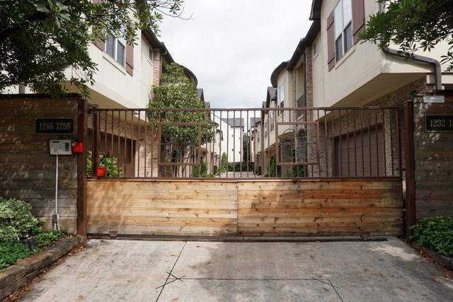 1236 Sampson Street, Houston, TX 77003 (MLS #11623928) :: Krueger Real Estate