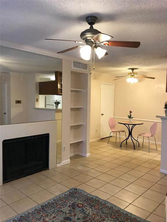 2121 Hepburn Street #1110, Houston, TX 77054 (MLS #11778775) :: The Sansone Group