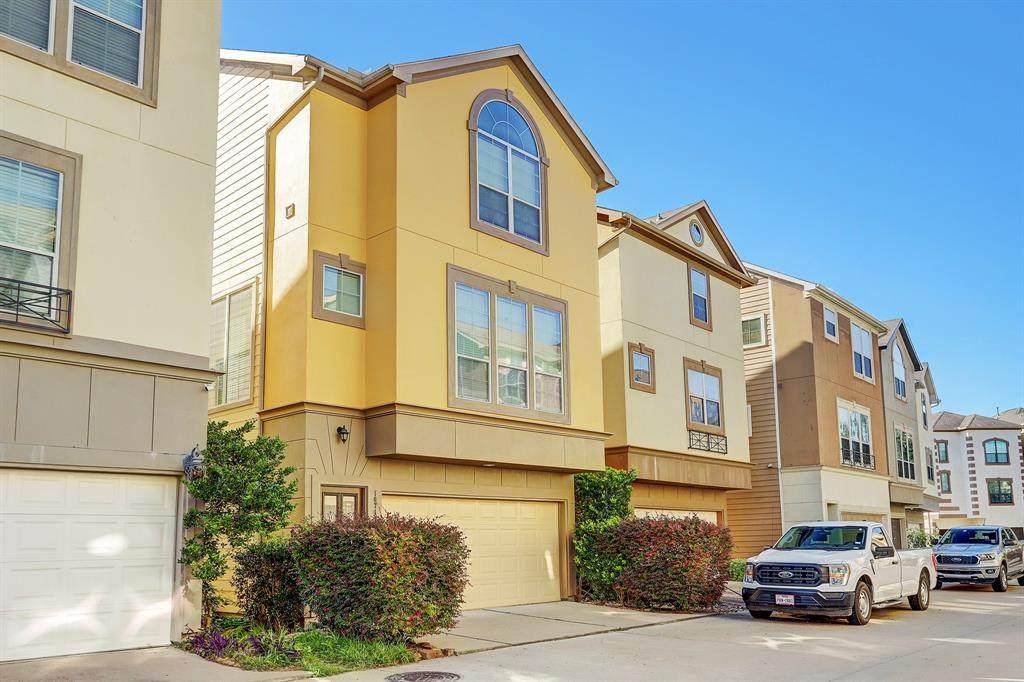 10718 Clearview Villa Place - Photo 1