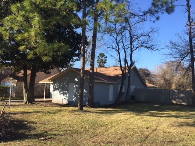 2318 Boss, La Marque, TX 77568 (MLS #11914906) :: The Home Branch