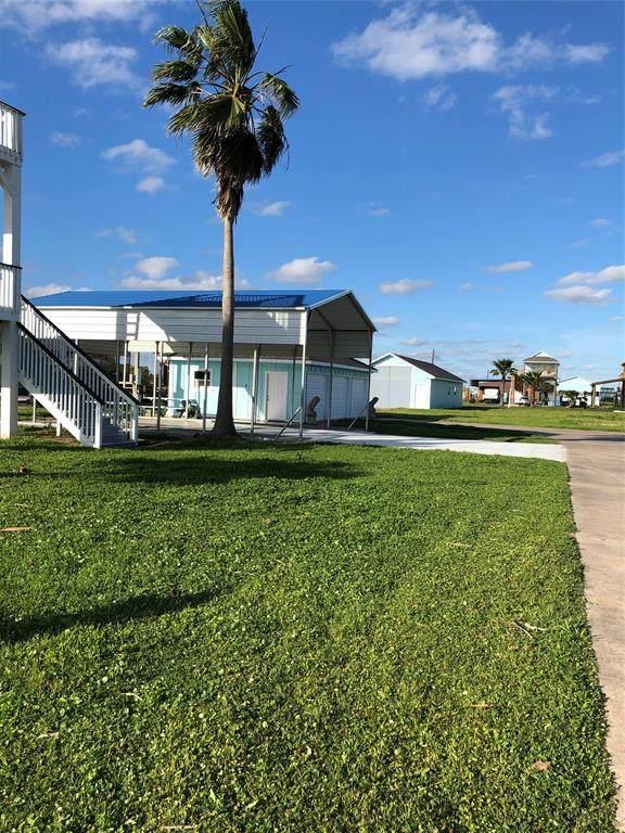 906 S Sage Road, Crystal Beach, TX 77650 (#12209623) :: ORO Realty
