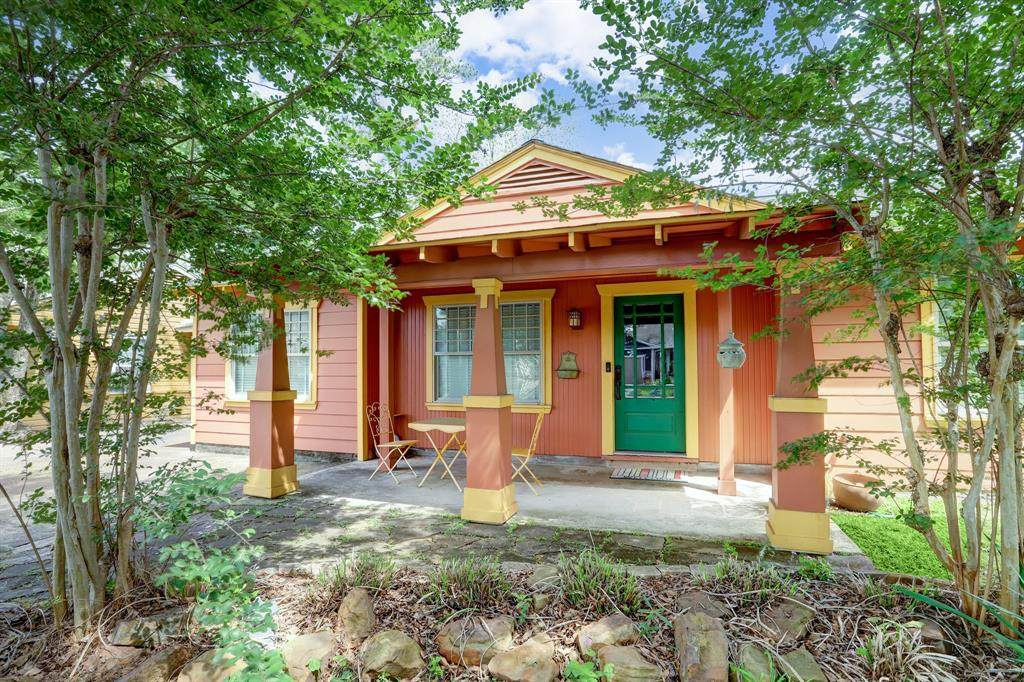1630 Chippendale Road - Photo 1