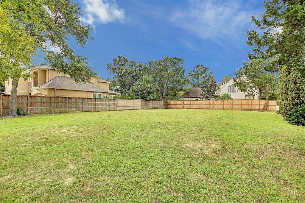 11801 Barryknoll Lane - Photo 1