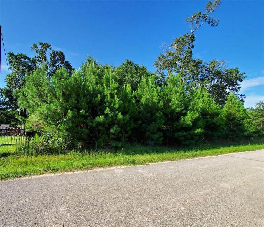 811 County Road 3415 - Photo 1