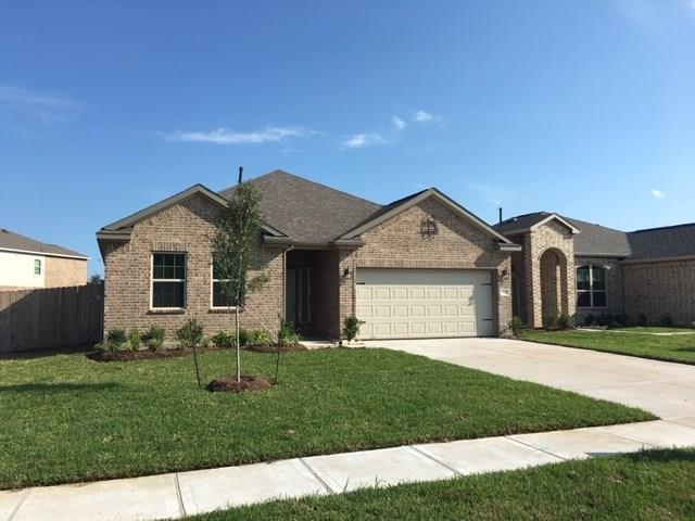 4205 E Bayou Maison Circle, Dickinson, TX 77539 (MLS #12648207) :: The SOLD by George Team