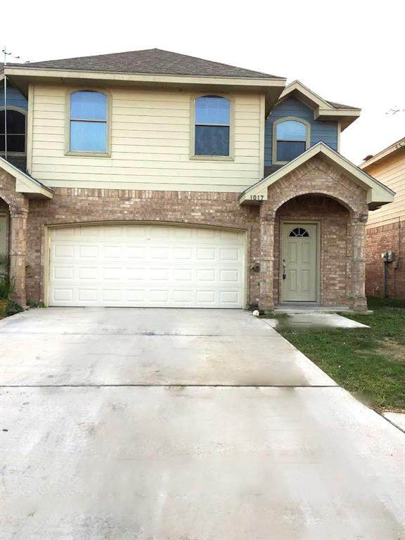 1017 Yellow Hammer Street, Rio Grande City, TX 78582 (MLS #13024193) :: The Home Branch