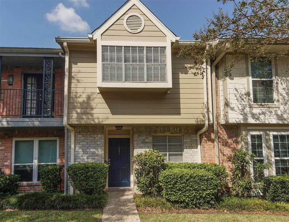 1691 Sam Houston Parkway - Photo 1