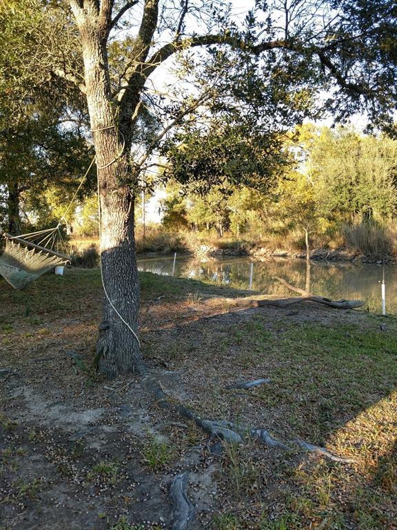 101 Oak Island Drive, Oak Island, TX 77514 (MLS #13194364) :: The Heyl Group at Keller Williams