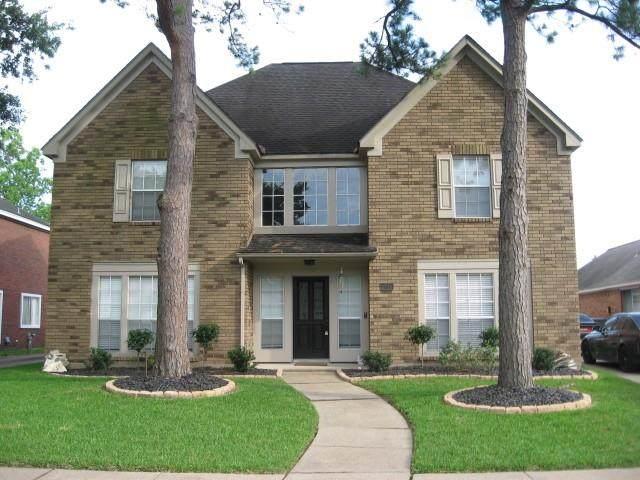 4715 Broadmoor Drive, League City, TX 77573 (MLS #13354264) :: Ellison Real Estate Team