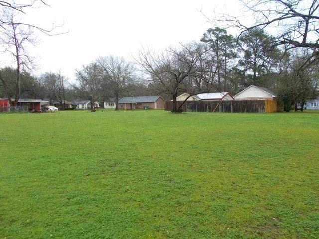 0 N San Jacinto, Crockett, TX 75835 (MLS #13369742) :: The SOLD by George Team