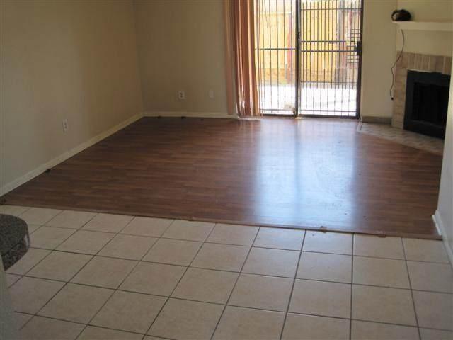 11000 Kinghurst Drive #152, Houston, TX 77099 (MLS #13548530) :: Bay Area Elite Properties
