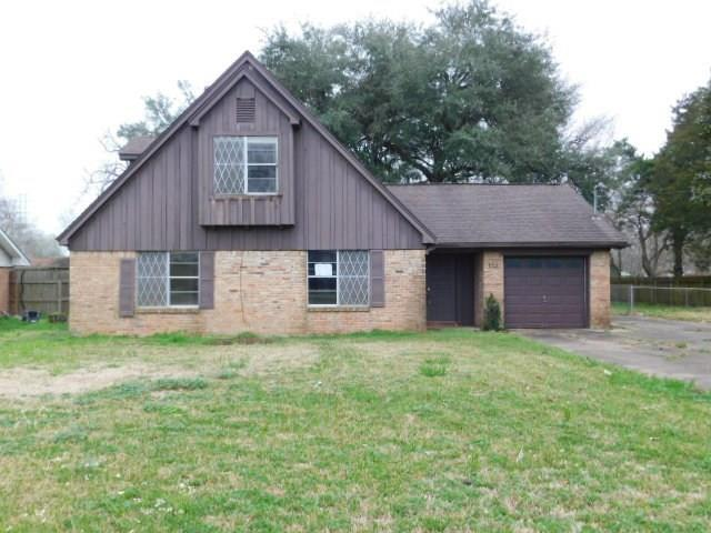 113 Lazy Lane, Lake Jackson, TX 77566 (MLS #13576386) :: Texas Home Shop Realty