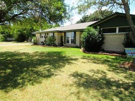 1750 County Road 206, Sargent, TX 77414 (MLS #13626700) :: The Queen Team
