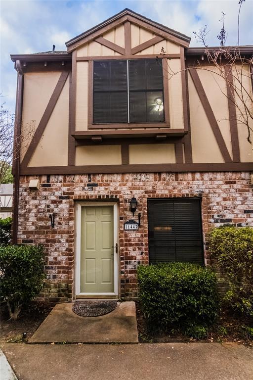 14715 Barryknoll Lane #144, Houston, TX 77079 (MLS #13655115) :: The Heyl Group at Keller Williams