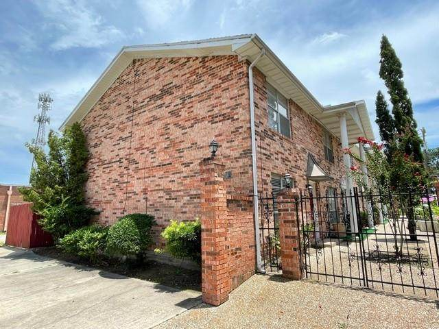 4513 Avenue P 1/2, Galveston, TX 77551 (MLS #13682146) :: Lerner Realty Solutions