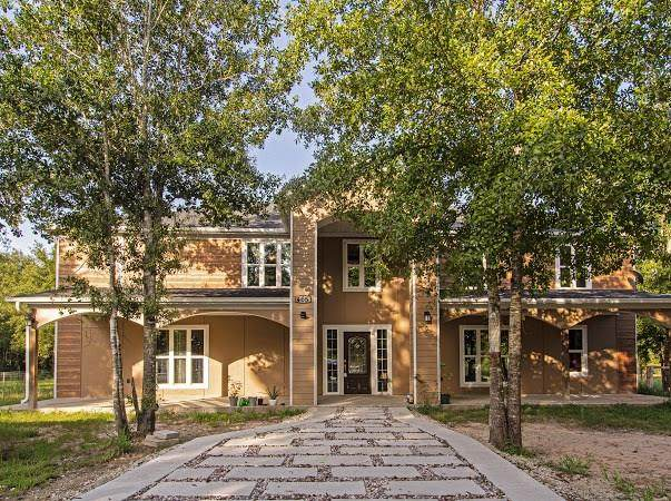 465 County Road 3402, Cleveland, TX 77327 (MLS #13748350) :: Green Residential