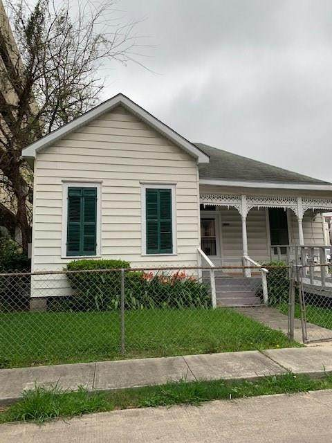 1106 Oneil Street, Houston, TX 77019 (MLS #13863906) :: The SOLD by George Team