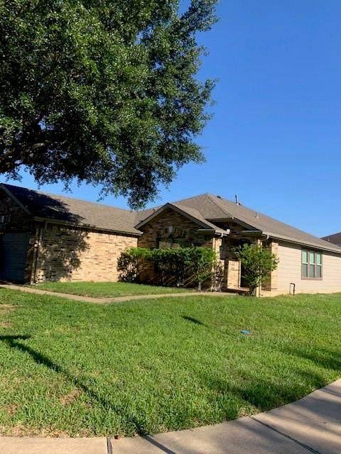 18131 Blake Valley Lane, Cypress, TX 77429 (MLS #14014602) :: The SOLD by George Team