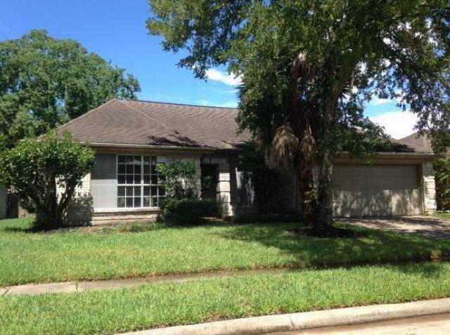 4738 Cavern Drive, Friendswood, TX 77546 (MLS #14544247) :: Krueger Real Estate