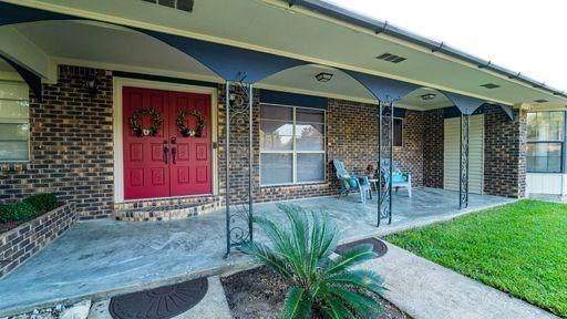 3918 Lance Street, Highlands, TX 77562 (MLS #14595923) :: Homemax Properties