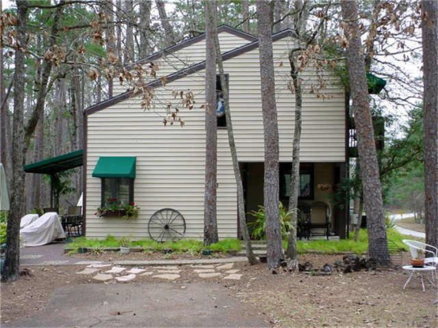 30 Putters Point, Huntsville, TX 77340 (MLS #14762386) :: The SOLD by George Team