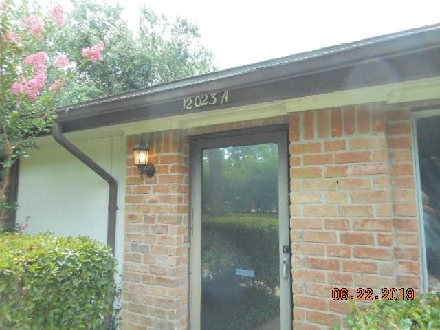 12023 Greenwood Forest Drive, Houston, TX 77066 (MLS #14801790) :: Fine Living Group