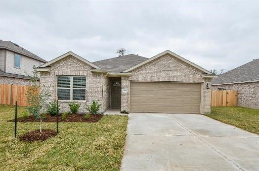 1833 Red Cedar Court, Conroe, TX 77301 (MLS #14832522) :: The SOLD by George Team