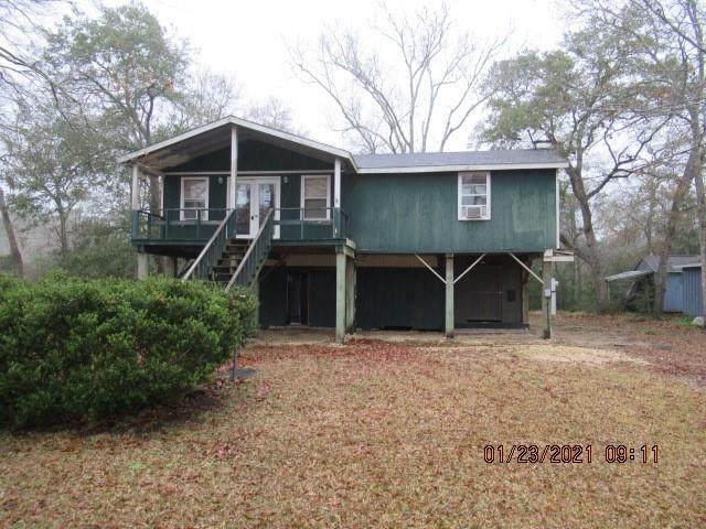 7908 Pin Oak Road, Alvin, TX 77511 (MLS #14872232) :: Michele Harmon Team