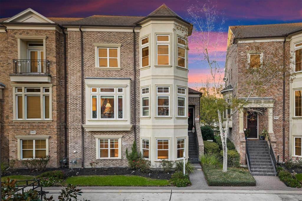4611 Regent Manor Drive - Photo 1