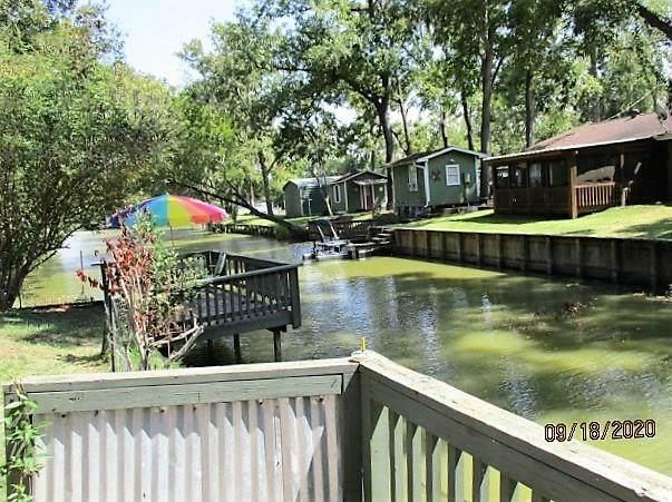 216 Hackberry Lane, Livingston, TX 77351 (MLS #15167646) :: The SOLD by George Team