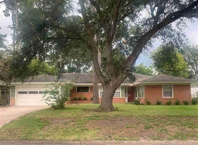 950 N 23rd Street, Beaumont, TX 77706 (MLS #15392638) :: The Freund Group