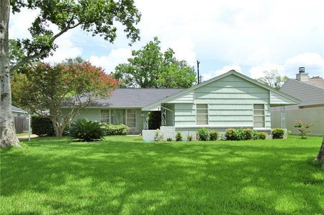 5000 Maple Street, Bellaire, TX 77401 (MLS #15525474) :: Texas Home Shop Realty