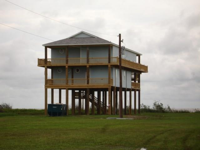 1016 Hwy 87, Caplen, TX 77617 (MLS #15843656) :: Krueger Real Estate