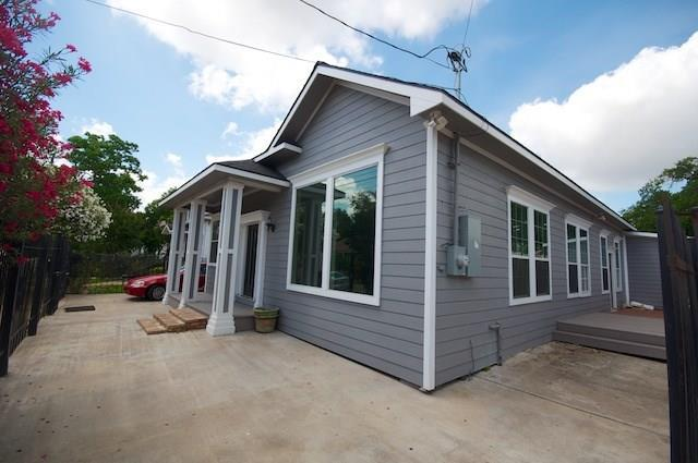 2121 Common Street, Houston, TX 77009 (MLS #15853727) :: Texas Home Shop Realty