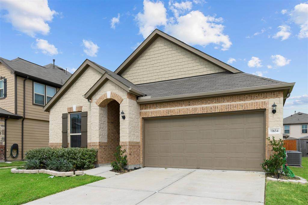 11654 Rosewood Forest Court - Photo 1