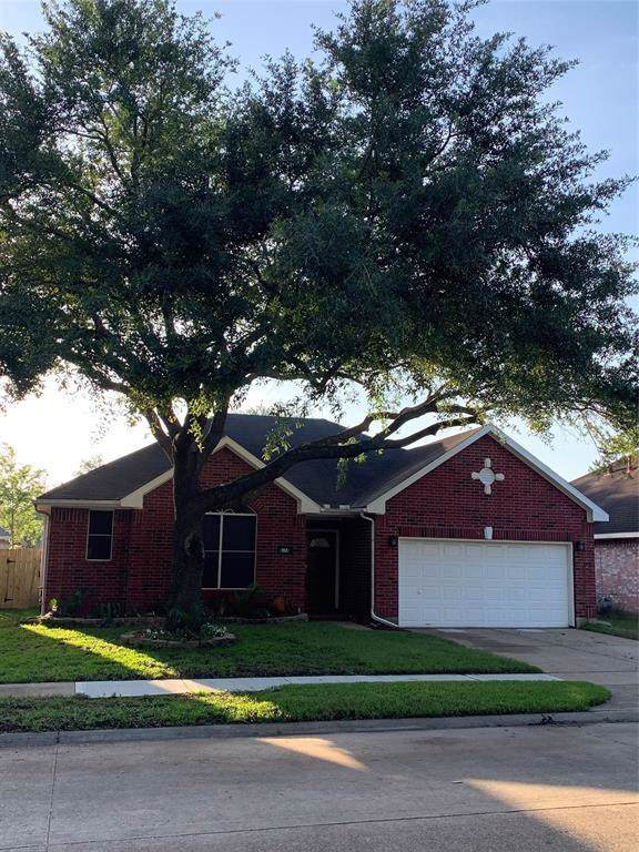 915 Portsmouth Drive, Pearland, TX 77584 (MLS #16336937) :: Phyllis Foster Real Estate