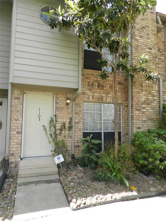 10615 Briar Forest Drive #1103, Houston, TX 77042 (MLS #16596089) :: Giorgi Real Estate Group