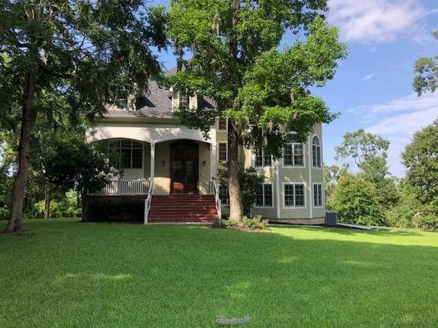 150 Lake Oaks Circle, Coldspring, TX 77331 (MLS #16656782) :: The SOLD by George Team