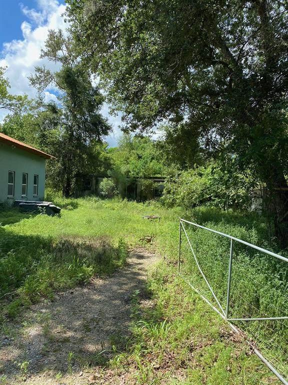 5818 Kincer Road, Damon, TX 77430 (MLS #17055366) :: NewHomePrograms.com
