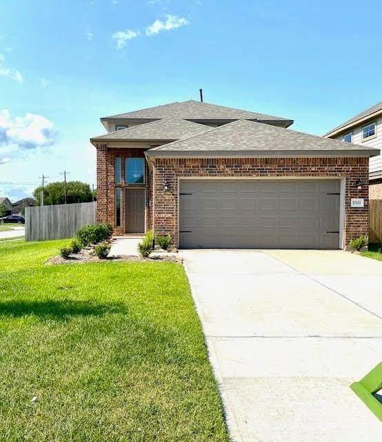 5301 Abbeville Court, Dickinson, TX 77539 (MLS #17065039) :: Ellison Real Estate Team