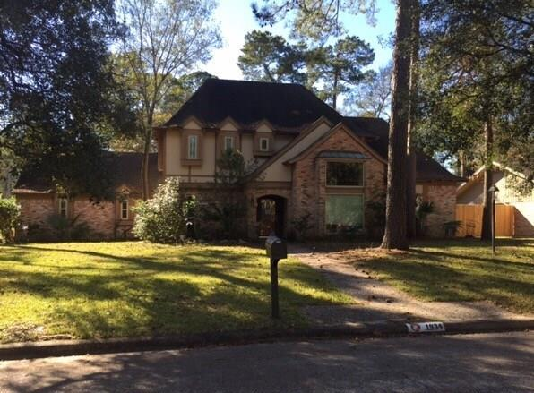 1934 Hidden Creek Drive, Houston, TX 77339 (MLS #17249456) :: Texas Home Shop Realty