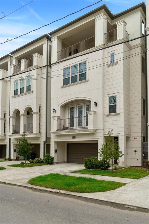 5906 Maxie Street, Houston, TX 77007 (MLS #17264309) :: Green Residential