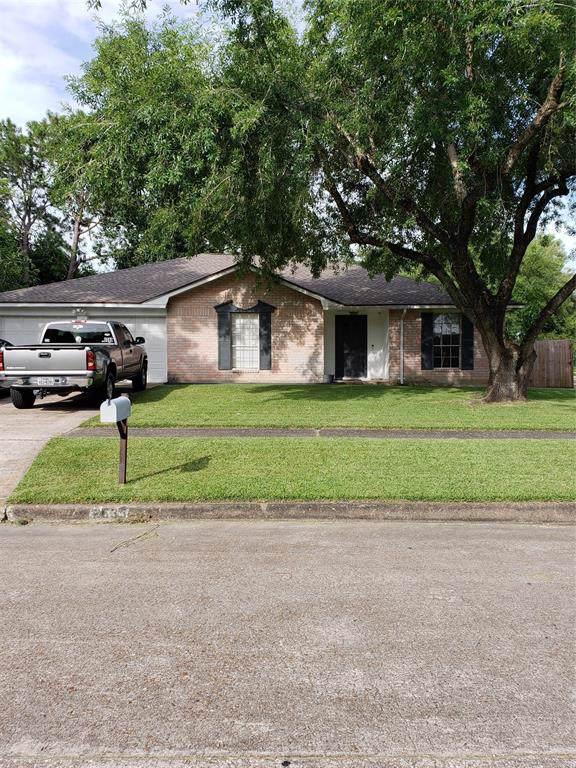 2635 Plymouth Rock Drive, Webster, TX 77598 (MLS #17835846) :: Caskey Realty