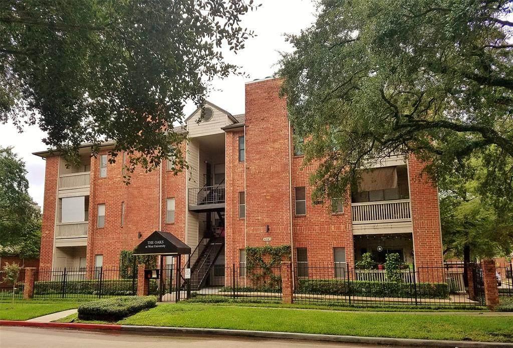 4041 Drake Street - Photo 1
