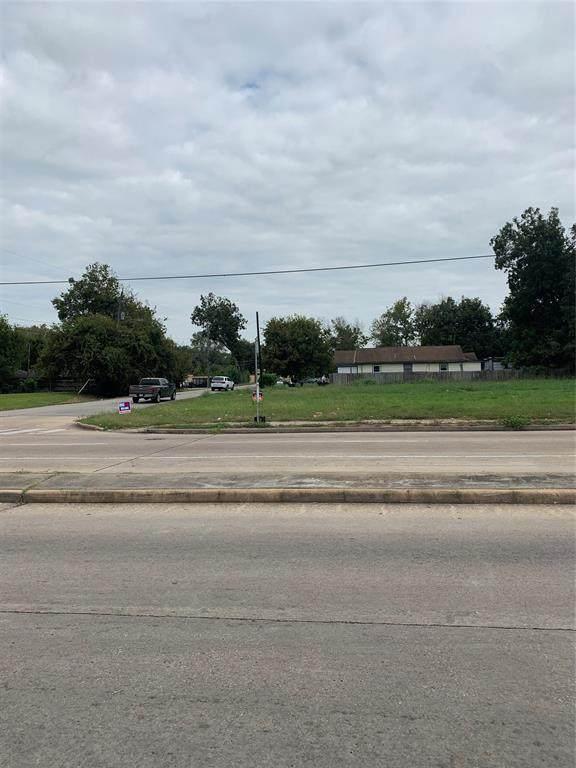 9125 Noel Street, Houston, TX 77033 (MLS #18093619) :: Michele Harmon Team